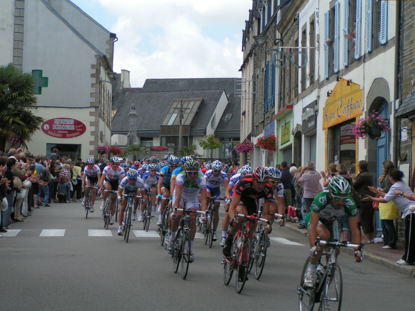 TOUR-DE-FRANCE-2008-CHATEAUNEUF-DU-FAOU-15