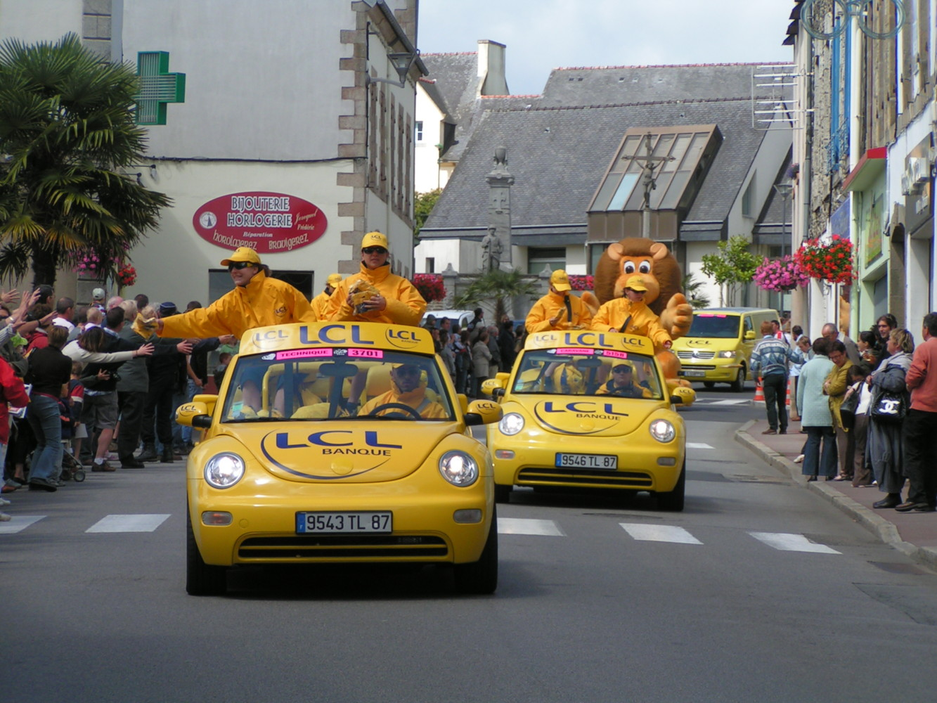 TOUR-DE-FRANCE-2008-CHATEAUNEUF-DU-FAOU-24