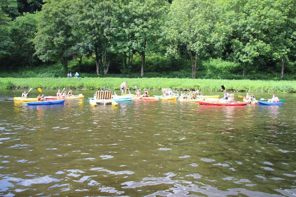 canoes-canal-1